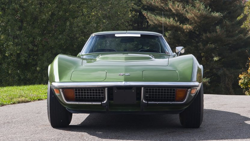 1972 Chevrolet Corvette LT1 Coupe Bloomington Gold Benchmark presented as lot S102 at Kissimmee, FL 2012 - image3