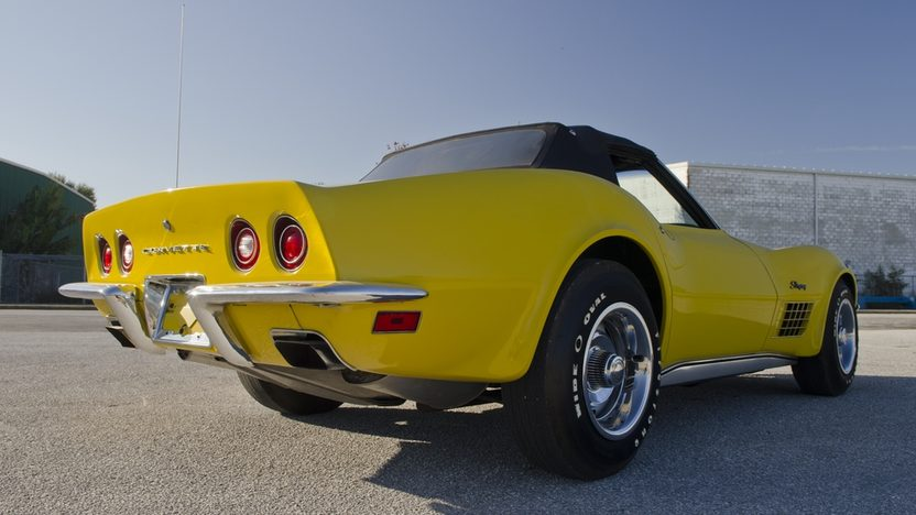 1971 Chevrolet Corvette LS6 Convertible 454/425 HP, 4-Speed presented as lot S175 at Kissimmee, FL 2012 - image4