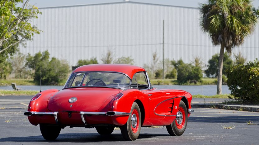 1960 Chevrolet Corvette Big Brake Fuelie 283/315 HP, 4-Speed presented as lot S194 at Kissimmee, FL 2012 - image3