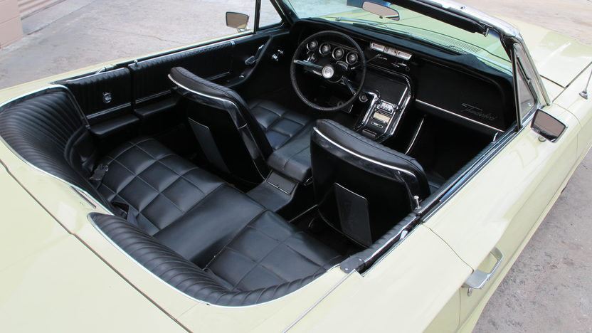 1966 Ford Thunderbird Convertible 390 CI, Automatic presented as lot G68 at Kissimmee, FL 2013 - image5