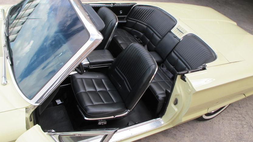 1966 Ford Thunderbird Convertible 390 CI, Automatic presented as lot G68 at Kissimmee, FL 2013 - image6