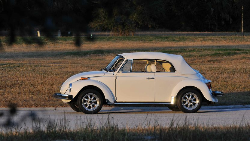 1977 Volkswagen Beetle Convertible Fully Restored, Triple White presented as lot G77 at Kissimmee, FL 2013 - image3