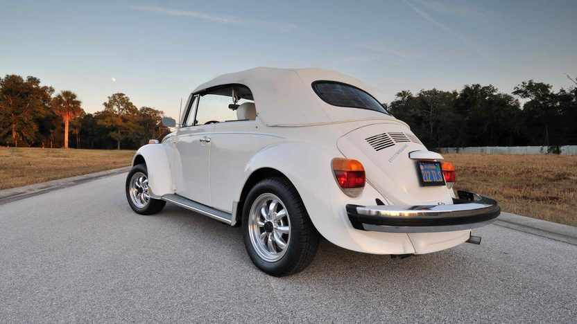 1977 Volkswagen Beetle Convertible Fully Restored, Triple White presented as lot G77 at Kissimmee, FL 2013 - image9