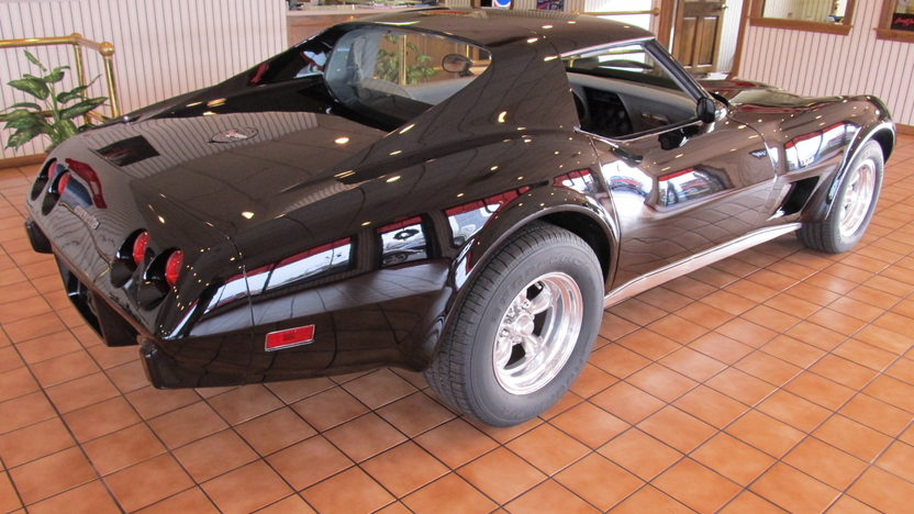 1977 Chevrolet Corvette 350/180 HP, Automatic presented as lot G136 at Kissimmee, FL 2013 - image3