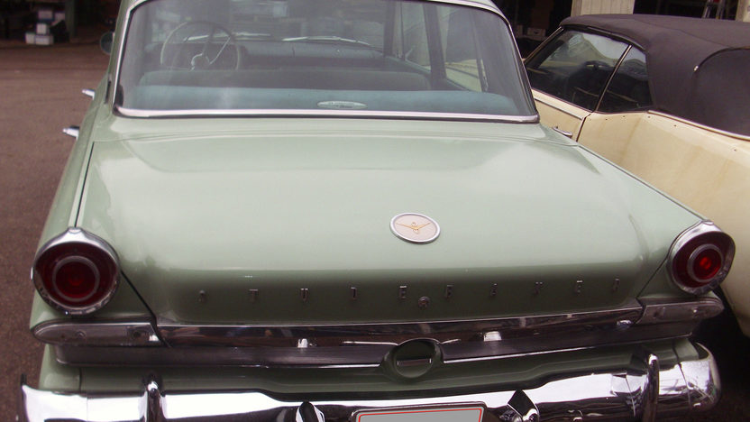1963 Studebaker Lark 289 CI, Automatic presented as lot G163 at Kissimmee, FL 2013 - image4