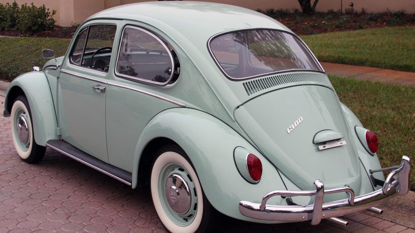 1966 Volkswagen Beetle 1300 CC, 4-Speed presented as lot G183 at Kissimmee, FL 2013 - image10