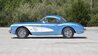 1960 Chevrolet Corvette Convertible 283/230 HP, 4-Speed presented as lot G195 at Kissimmee, FL 2013 - thumbail image3