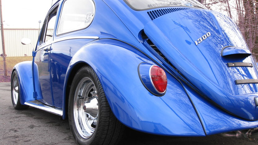 1966 Volkswagen Beetle 1300 CC, 4-Speed presented as lot W130 at Kissimmee, FL 2013 - image2