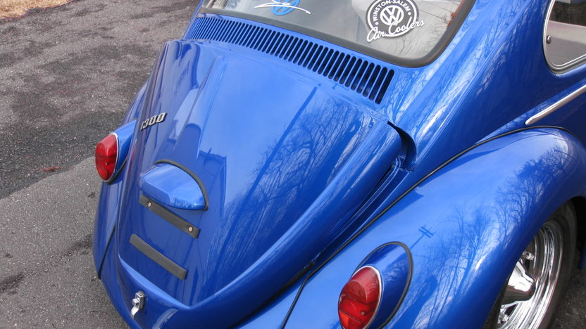 1966 Volkswagen Beetle 1300 CC, 4-Speed presented as lot W130 at Kissimmee, FL 2013 - image3