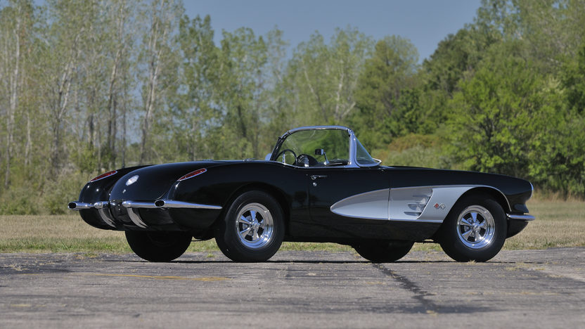 1960 Chevrolet Corvette Convertible 283/270 HP, 4-Speed presented as lot W149 at Kissimmee, FL 2013 - image10