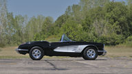 1960 Chevrolet Corvette Convertible 283/270 HP, 4-Speed presented as lot W149 at Kissimmee, FL 2013 - thumbail image2