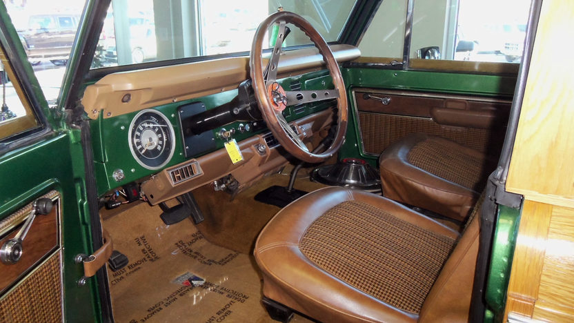 1974 Ford Bronco Woody 302 CI, Automatic presented as lot W162 at Kissimmee, FL 2013 - image3