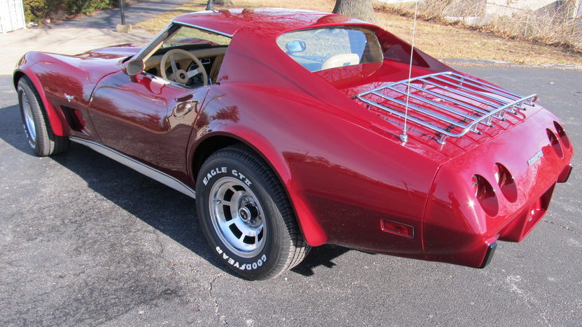 1977 Chevrolet Corvette Coupe 350/185 HP, Automatic presented as lot W210 at Kissimmee, FL 2013 - image3