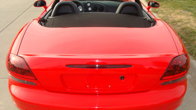2004 Dodge Viper SRT/10 Convertible 505 CI, 6-Speed, 8,000 Miles presented as lot W213 at Kissimmee, FL 2013 - image3