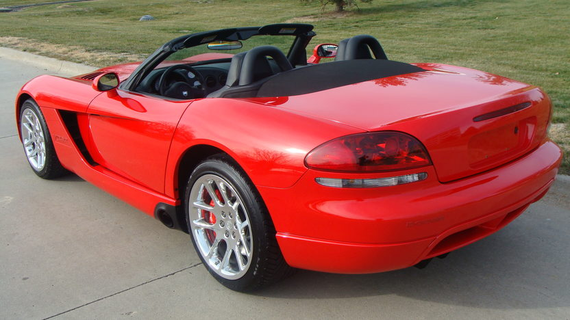 2004 Dodge Viper SRT/10 Convertible 505 CI, 6-Speed, 8,000 Miles presented as lot W213 at Kissimmee, FL 2013 - image8