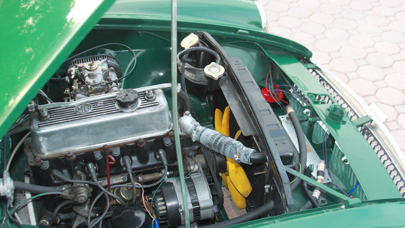 1969 MG B Convertible 1800 CC, 5-Speed presented as lot W218 at Kissimmee, FL 2013 - image7