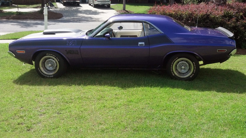 1970 Dodge Challenger T/A 340/290 HP, Automatic presented as lot W249 at Kissimmee, FL 2013 - image2