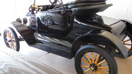 1915 Ford Model T Roadster presented as lot W306 at Kissimmee, FL 2013 - thumbail image3