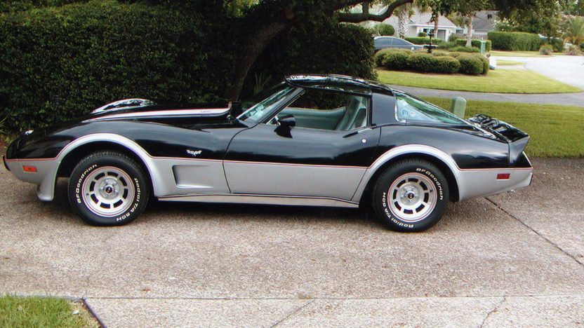 1978 Chevrolet Corvette Pace Car Edition L82, 4-Speed presented as lot W311 at Kissimmee, FL 2013 - image4