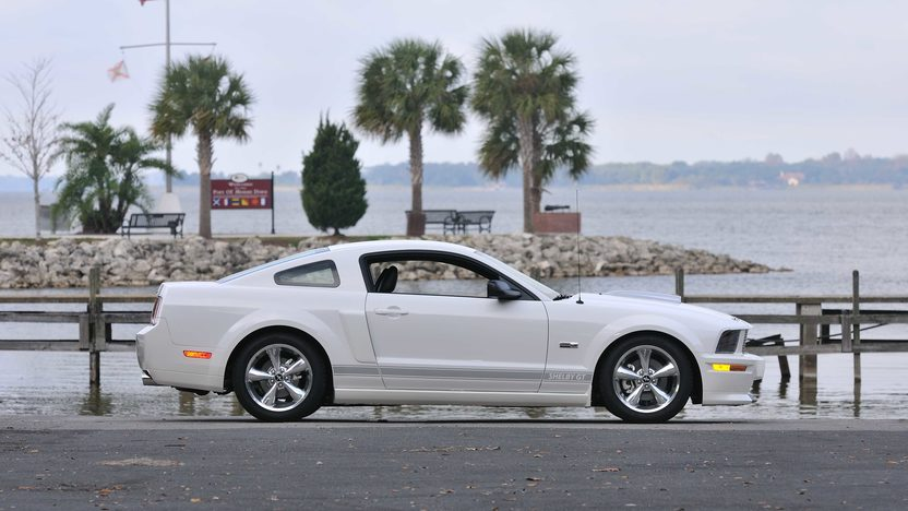 2007 Ford Shelby GT presented as lot W321 at Kissimmee, FL 2013 - image3