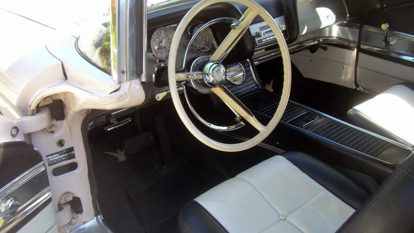 1960 Ford Thunderbird Convertible 352 CI, Automatic presented as lot W322 at Kissimmee, FL 2013 - image3