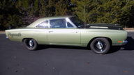 1969 Plymouth Belvedere Road Runner Replica 383/335 HP, 4-Speed presented as lot W329 at Kissimmee, FL 2013 - thumbail image2