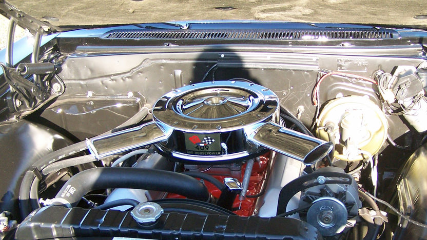 1965 Chevrolet Impala Convertible 409/340 HP, 4-Speed presented as lot W341 at Kissimmee, FL 2013 - image4
