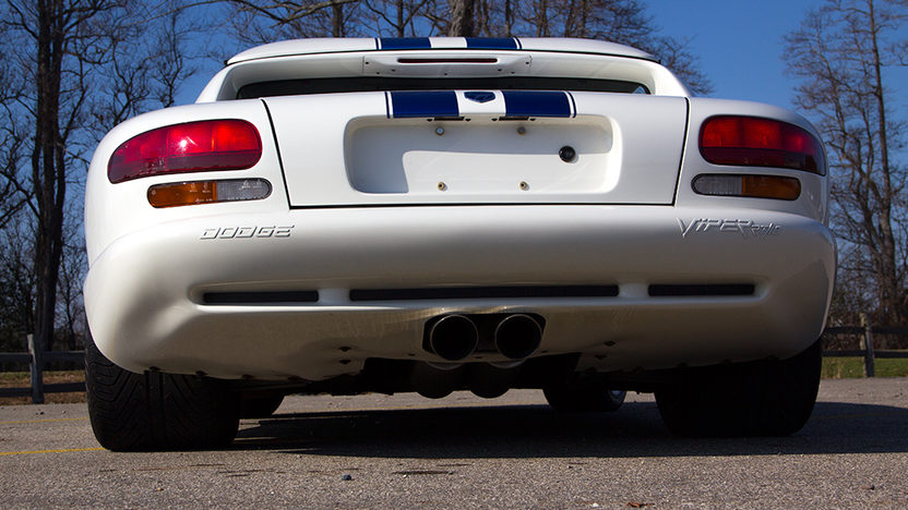 1996 Dodge Viper RT/10 Convertible 8.0L, 6-Speed presented as lot T14 at Kissimmee, FL 2013 - image4