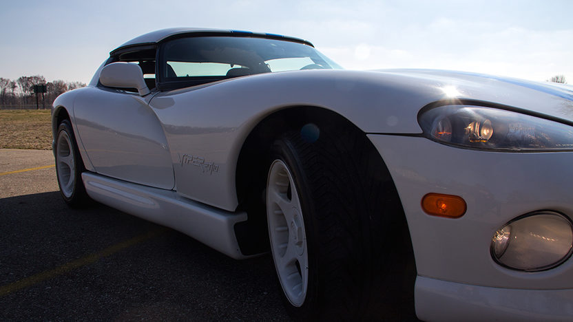 1996 Dodge Viper RT/10 Convertible 8.0L, 6-Speed presented as lot T14 at Kissimmee, FL 2013 - image6