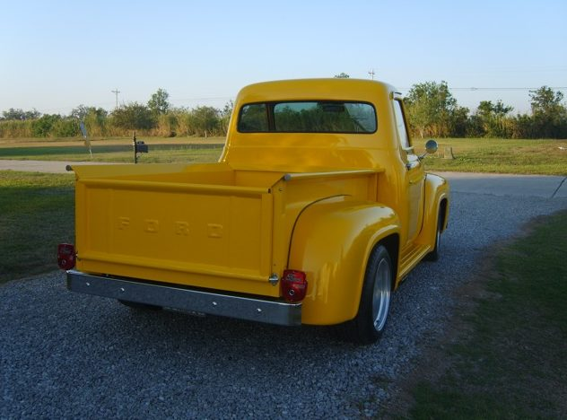 1955 Ford F100 Pickup 427/525 HP, Automatic presented as lot T16 at Kissimmee, FL 2013 - image9
