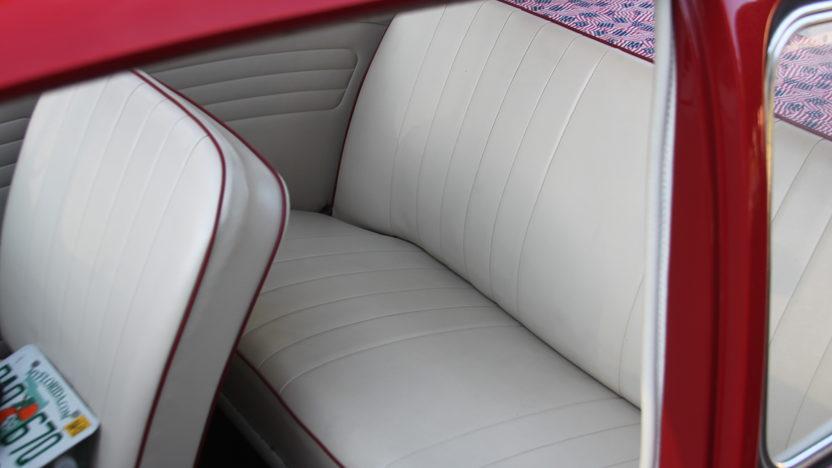1965 Volkswagen Beetle Ragtop presented as lot T69 at Kissimmee, FL 2013 - image6