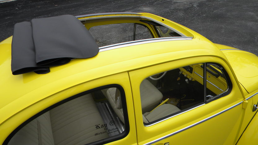 1960 Volkswagen Beetle Sunroof 40 HP, 4-Speed presented as lot T73 at Kissimmee, FL 2013 - image3