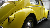 1960 Volkswagen Beetle Sunroof 40 HP, 4-Speed presented as lot T73 at Kissimmee, FL 2013 - thumbail image10