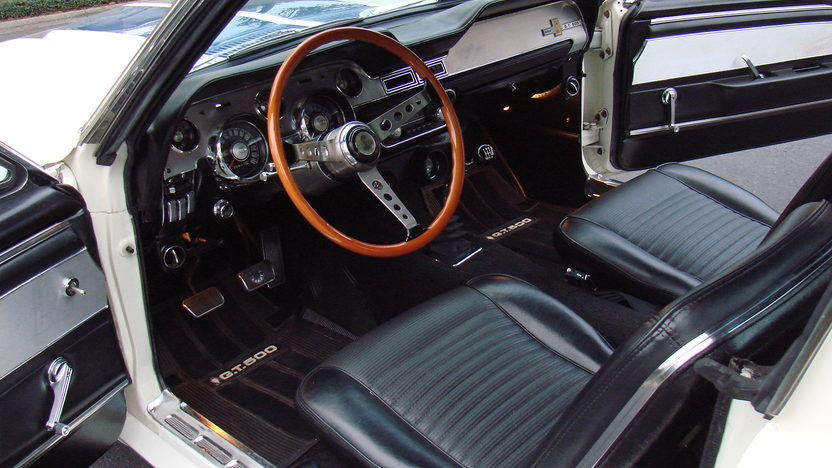 1967 Ford Mustang Shelby GT500 Replica 428 CI, 5-Speed presented as lot T156 at Kissimmee, FL 2013 - image3