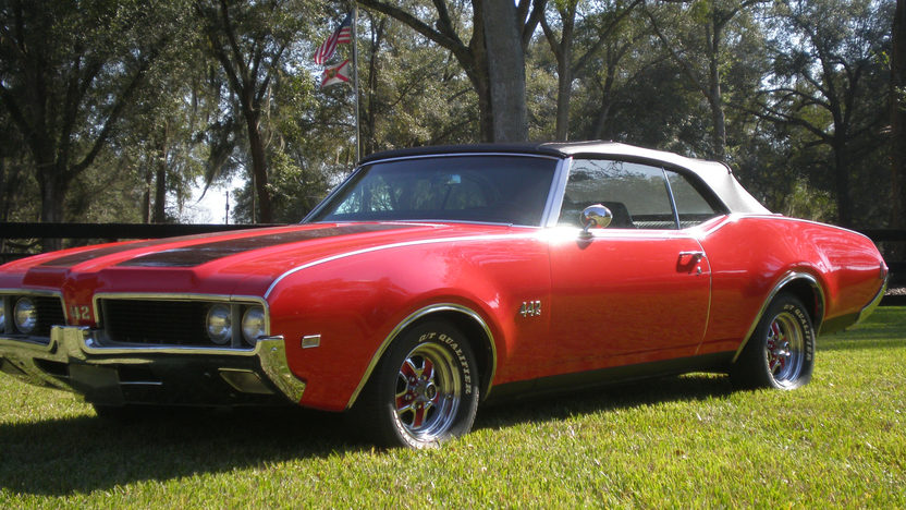 1969 Oldsmobile 442 Convertible presented as lot T163 at Kissimmee, FL 2013 - image5