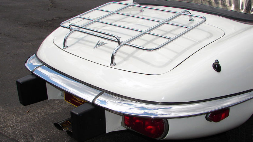 1974 Jaguar XKE Convertible 5.3L, 4-Speed presented as lot T174 at Kissimmee, FL 2013 - image5