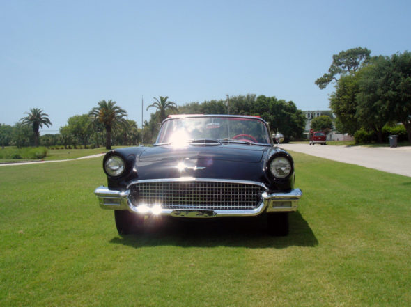 1957 Ford Thunderbird Convertible 312/245 HP, Automatic presented as lot T186 at Kissimmee, FL 2013 - image9
