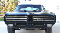 1969 Pontiac GTO Hardtop 400/370 HP, 4-Speed presented as lot T201 at Kissimmee, FL 2013 - thumbail image11