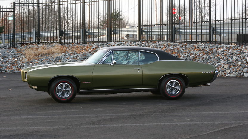 1968 Pontiac GTO 400 CI, Automatic presented as lot T227 at Kissimmee, FL 2013 - image2