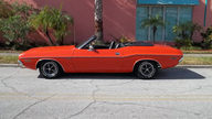 1971 Dodge Challenger Convertible 383 CI, Automatic presented as lot T326 at Kissimmee, FL 2013 - thumbail image2