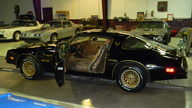 1978 Pontiac Trans Am Bandit 400 CI, 4-Speed presented as lot F19 at Kissimmee, FL 2013 - thumbail image2