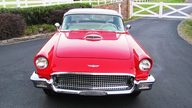 1957 Ford Thunderbird 312 CI presented as lot F121 at Kissimmee, FL 2013 - thumbail image6