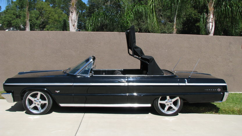 1964 Chevrolet Impala SS Convertible 327 CI, Automatic presented as lot F164 at Kissimmee, FL 2013 - image6