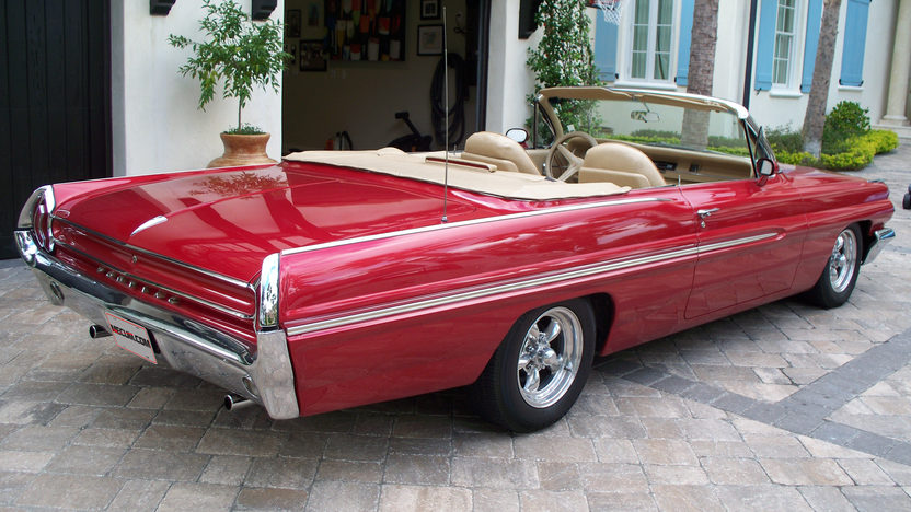 1962 Pontiac Catalina Convertible 400/365 HP, Automatic presented as lot F172 at Kissimmee, FL 2013 - image2