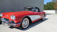 1960 Chevrolet Corvette Convertible 283/250 HP, 4-Speed presented as lot F177 at Kissimmee, FL 2013 - thumbail image11