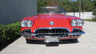 1960 Chevrolet Corvette Convertible 283/250 HP, 4-Speed presented as lot F177 at Kissimmee, FL 2013 - thumbail image8