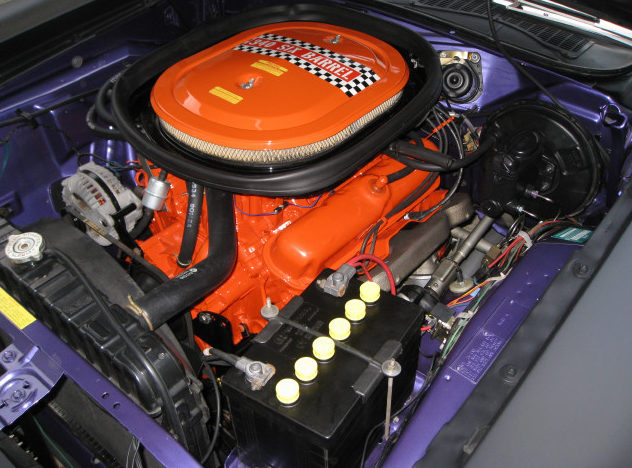 1970 Plymouth AAR Cuda 340/290 HP, 4-Speed presented as lot F190 at Kissimmee, FL 2013 - image4