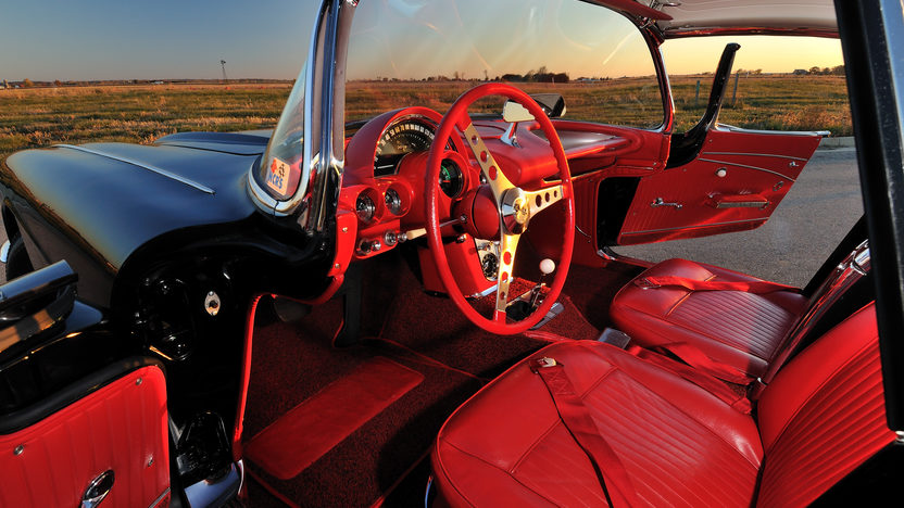 1962 Chevrolet Corvette Big Brake Tanker 327/360 HP, 24K Gold, Triple Crown presented as lot F245 at Kissimmee, FL 2013 - image4