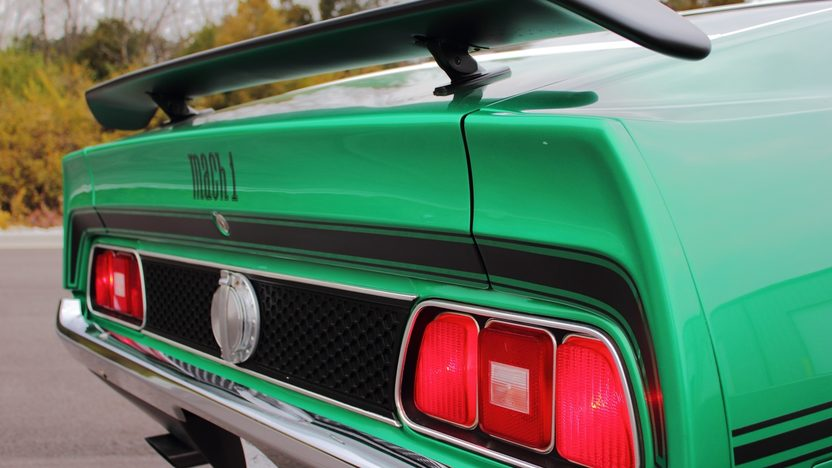 1971 Ford Mustang Mach 1 Fastback 429/370 HP, Automatic presented as lot F263 at Kissimmee, FL 2013 - image3
