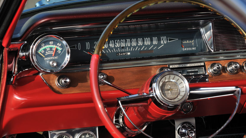 1963 Pontiac Catalina 421 Super Duty Engine, 4-Speed presented as lot F264 at Kissimmee, FL 2013 - image6